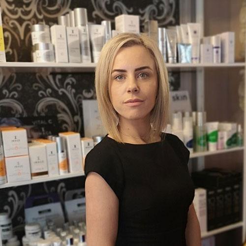Myself Owner Beauty Therapist Lisa Byrne
